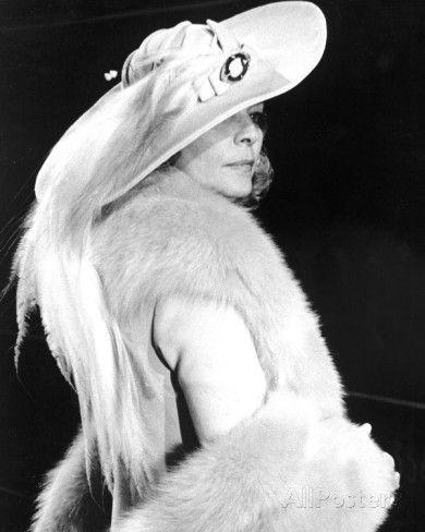 Lauren Bacall - Murder on the Orient Express Photo