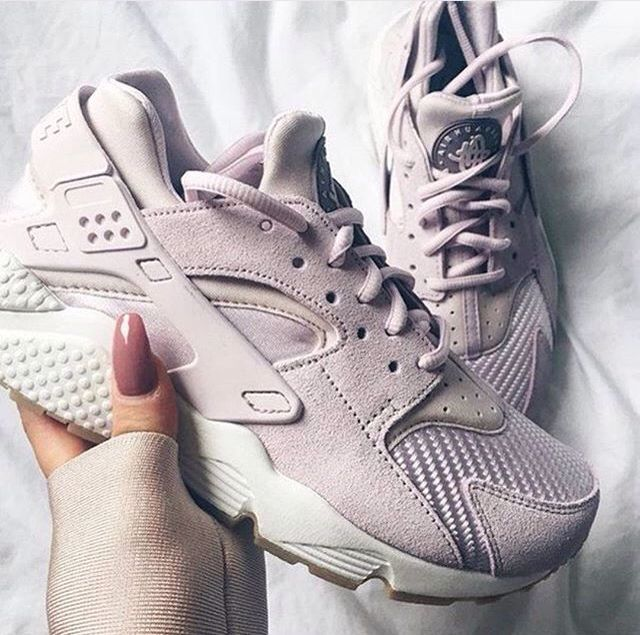 wholesale dealer 4a149 57d3a Nike Huarache Rose-Gold.There is a video on my Instagram of these RoseGold  to showcase the shimmer that you cannot see on any of the photos. H…   shoes  ...