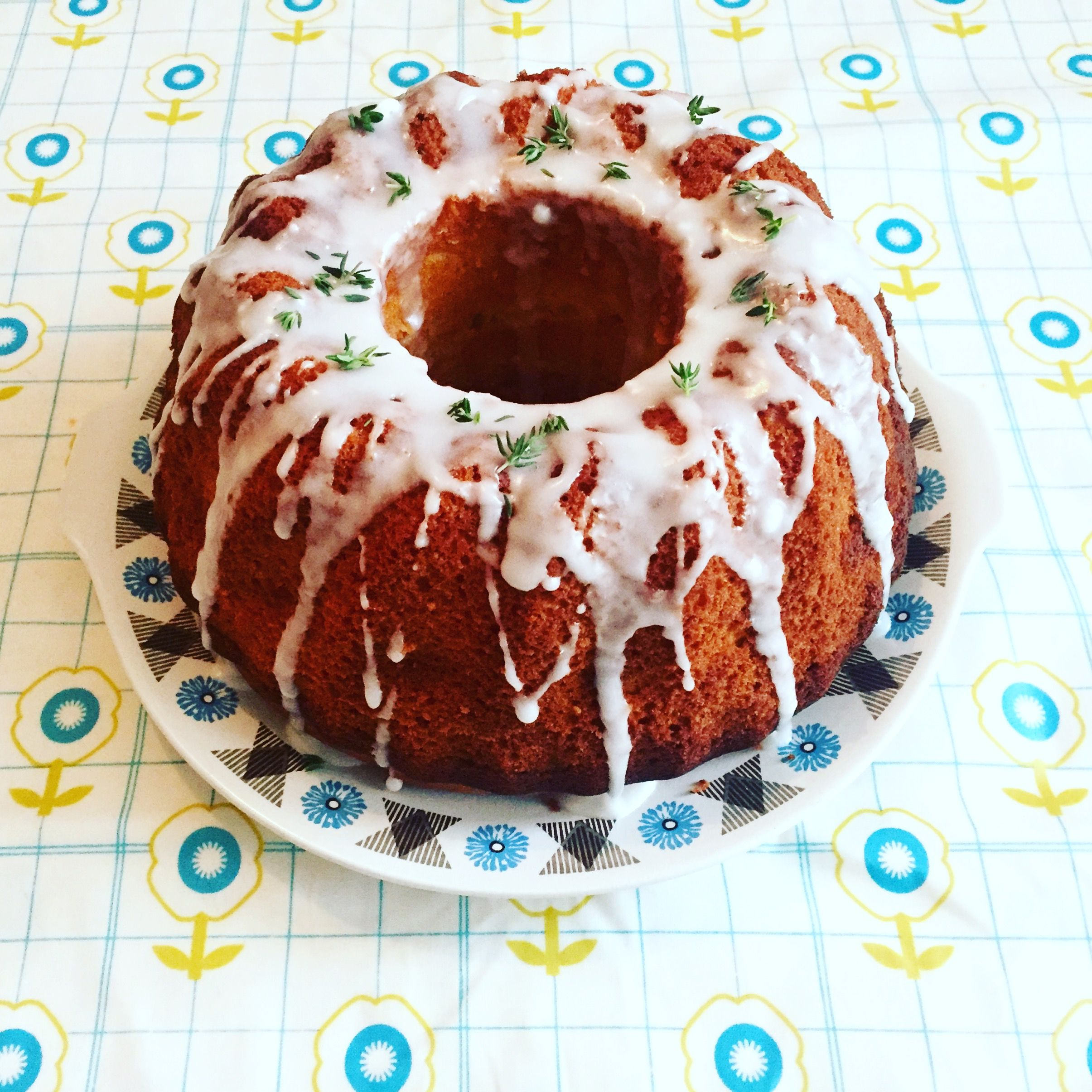 Lemon bundt cake Recipe from Jamie Oliver magazine Eat drink