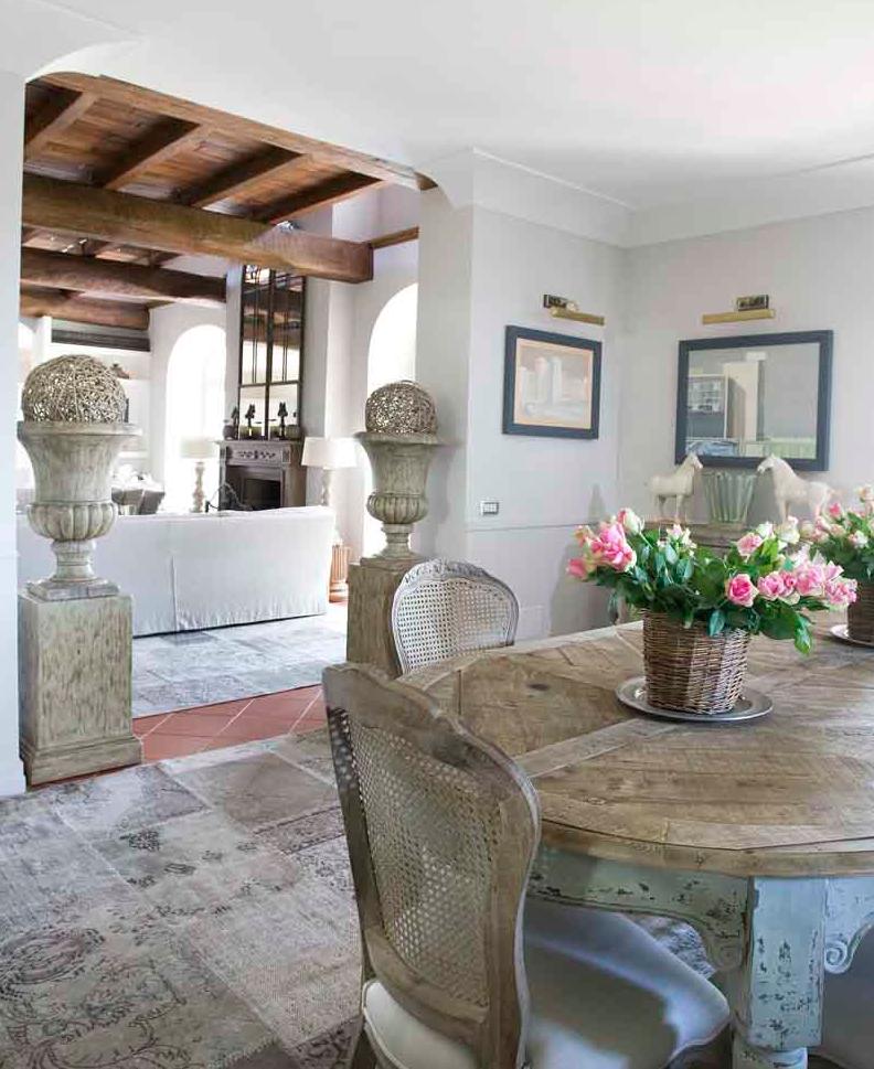 Casale di charme nell 39 agro romano n bytek arredamento for Interni di charme