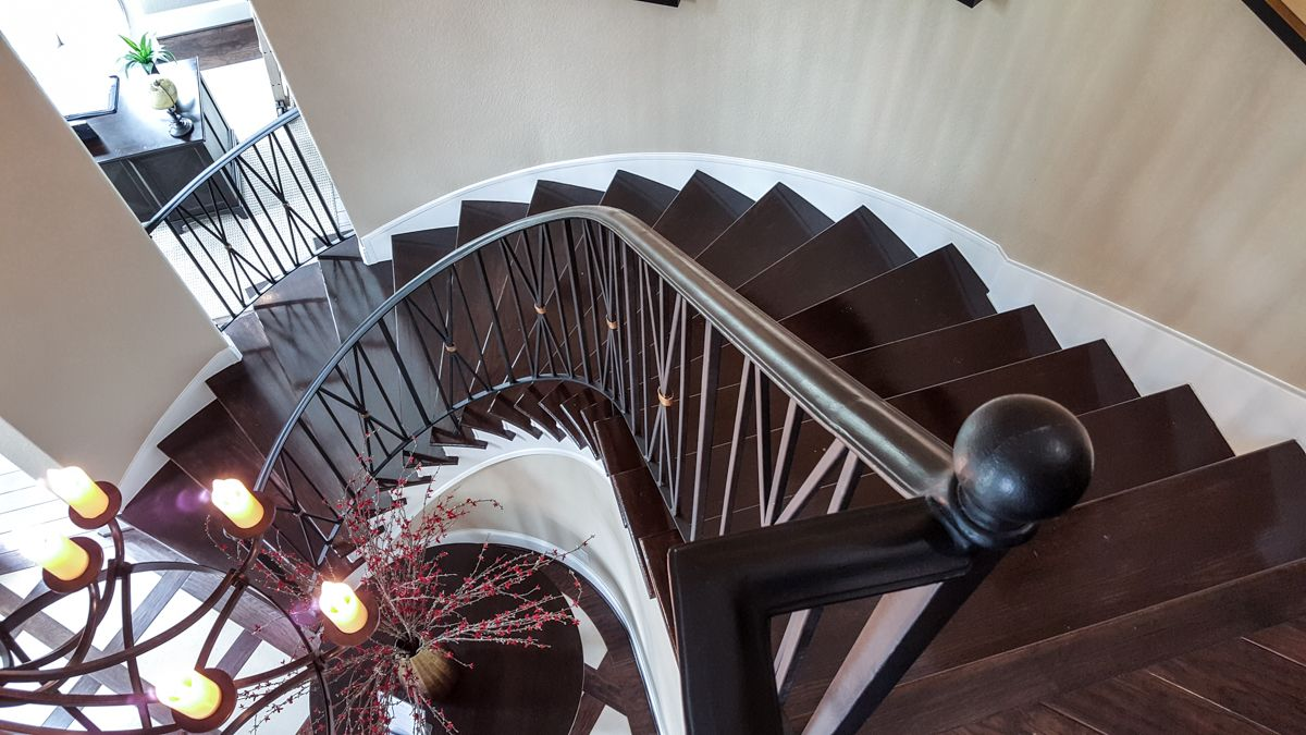 Best Custom Iron Staircase – Ironwood Connection Stair 400 x 300