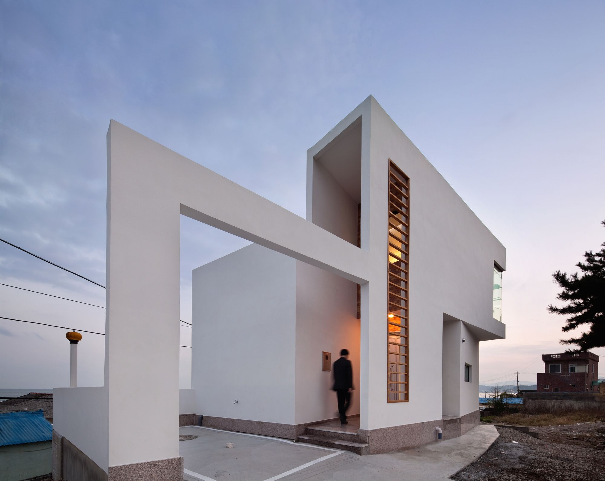 Completed In 2012 In Jangan Eup South Korea Images By Yoon Joon Hwan A Perceptible Frame Kim Taecheol Pr Architecture Minimalist Architecture Artist House