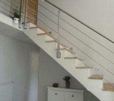 Montee D Escalier Fraichement Peinte Couleur Galet