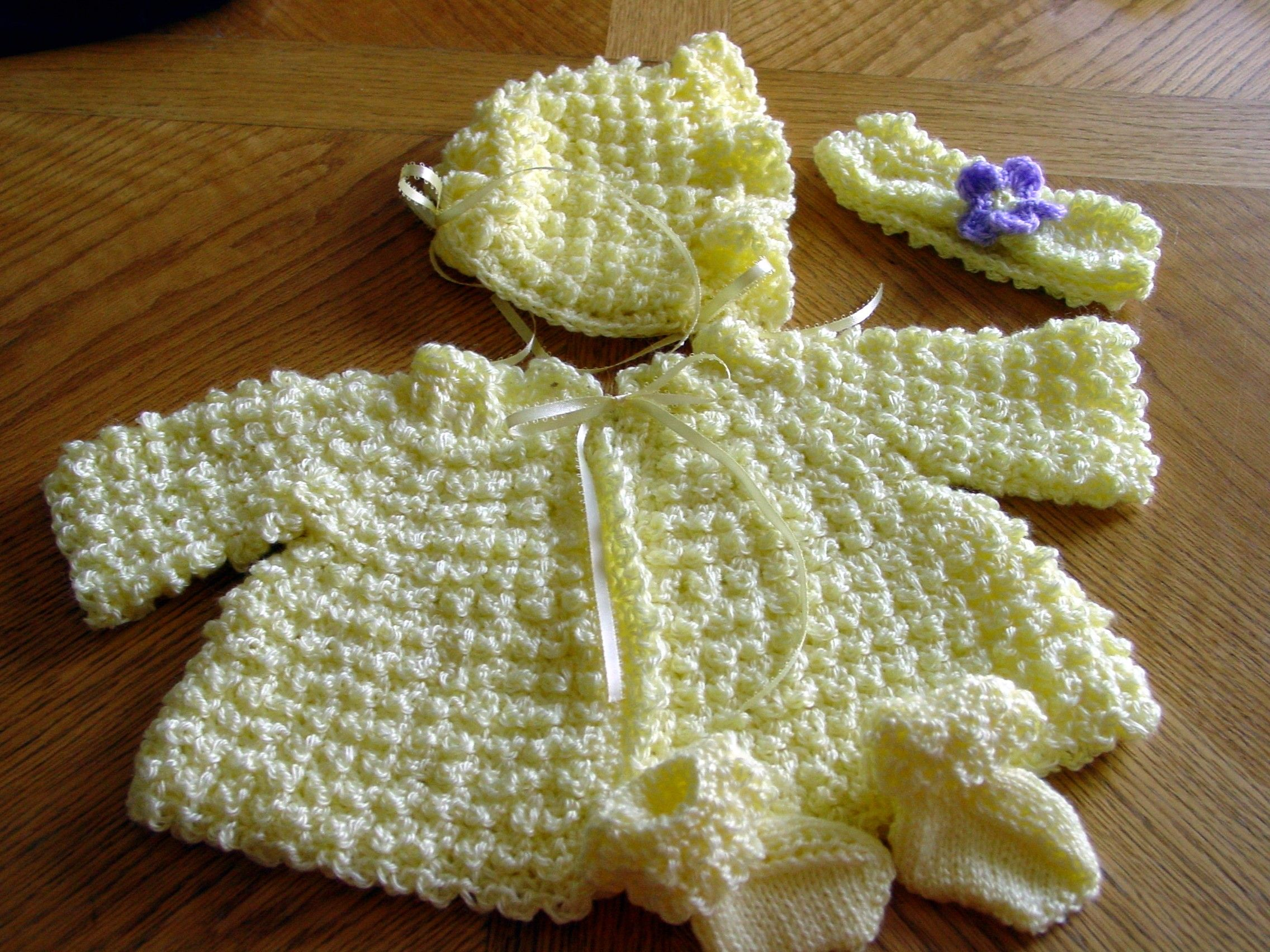 Free+Crochet+Baby+Layette+Patterns | Crochet Baby Layette Patterns ...