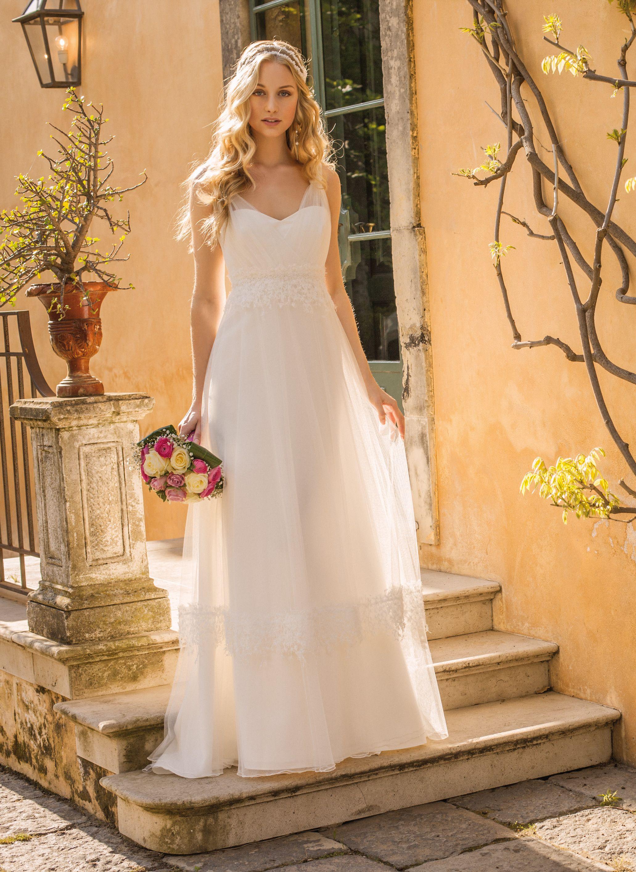 Brautkleid Rembo Styling Elfenbein in Größe 36 für 1200€ | auf ...