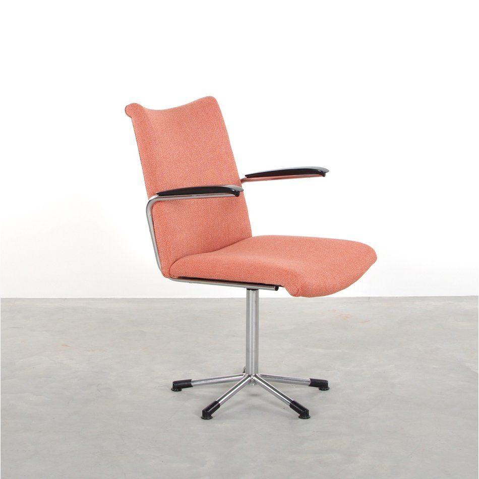Vintage Bureaustoel De Wit.Productnaam De Wit 3314 Bureaustoel Fris Roze De Ploeg Stof