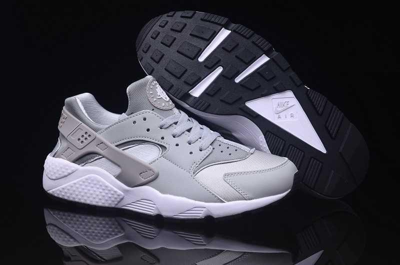 watch 83a27 23264 https   www.sportskorbilligt.se  1659   Nike Air Huarache Herr