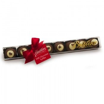 Christmas Pudding Stick Ideal for sharing, this delightful gift-box contains 8 milk chocolate pudding truffles, prefect for a Christmas season gift.