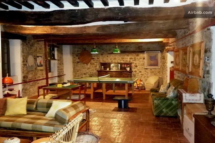 Idee per arredare la taverna cerca con google taverna for Arredare la taverna