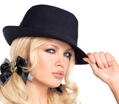 9d5853e49858a Classic casual fashion black felt fedora hat blonde girl