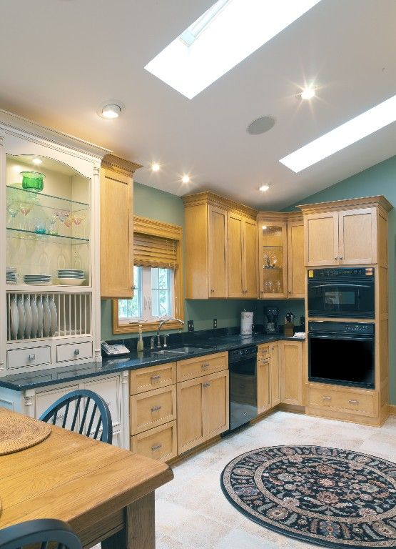 Kitchen Renovation Maple Ridge: Upper Arlington Ohio Kitchen Remodel. Vaulted Ceilings