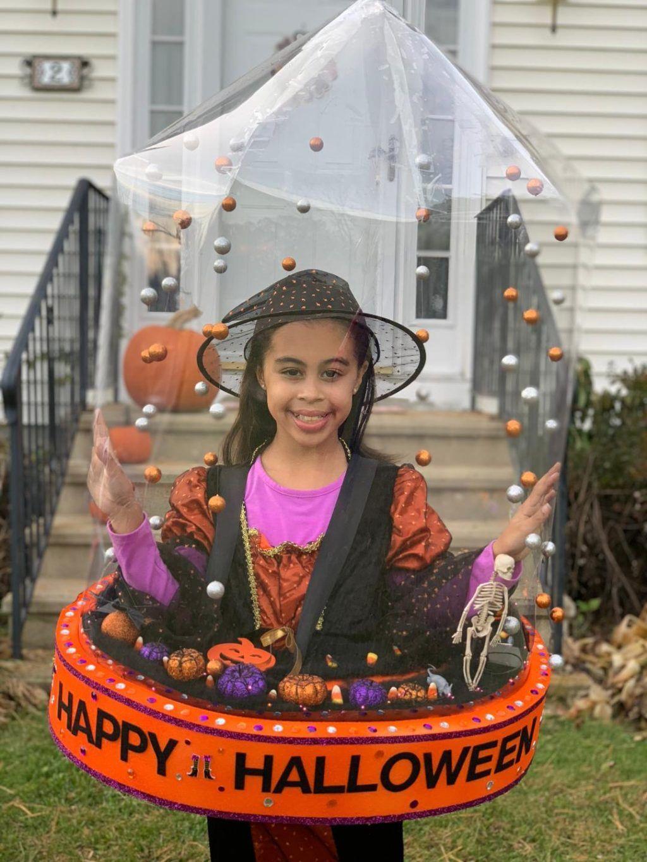 Halloween Snow Globe Halloween costume contest