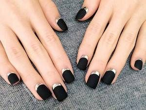 Halloween is just around the corner and if dressing up in ghoulish costumes isn't your thing, try something a little less in your face and more on your fingers. We spent hours lurking on Pinterest to find the best Halloween nail designs that will shake up the ghostly holiday with fashionable designs. Here's what we dug up!