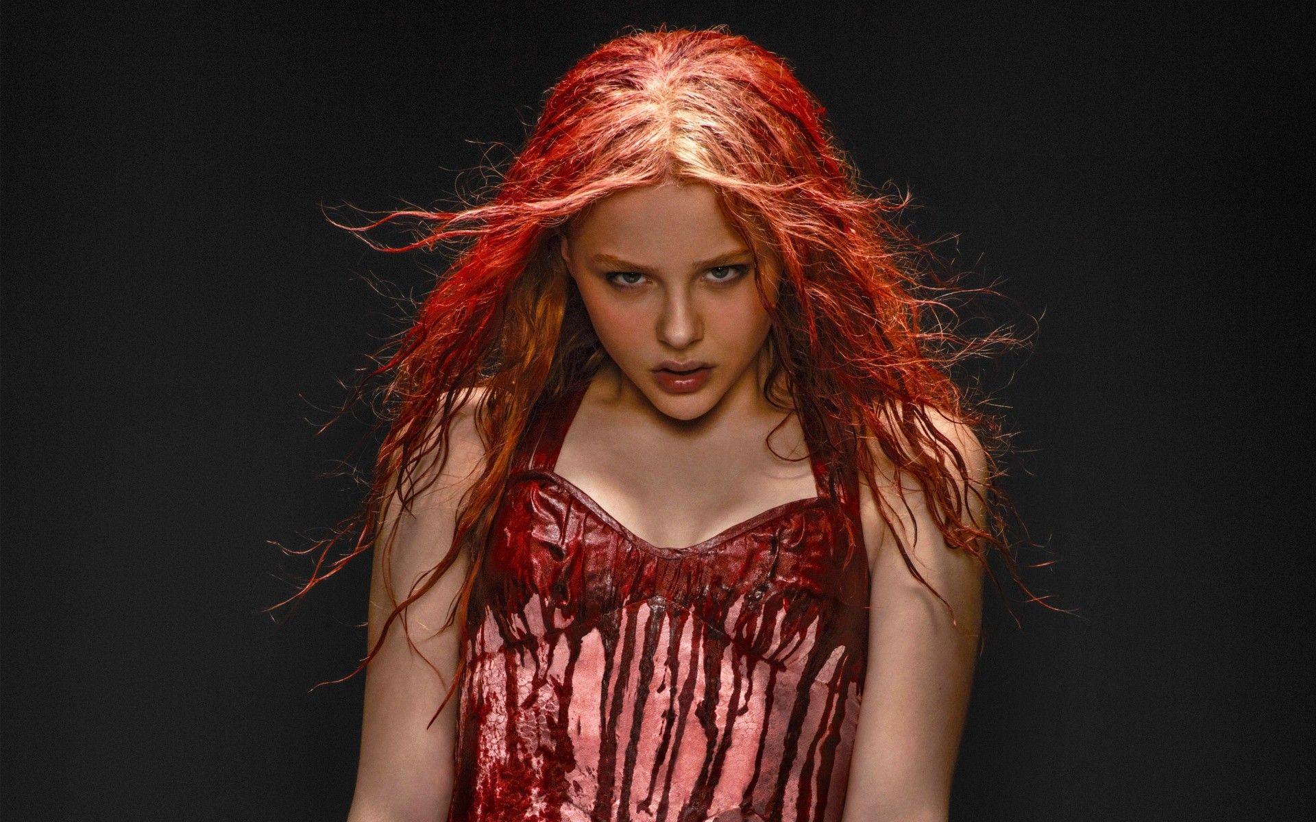 People 1920x1200 Chloë Grace Moretz women actress redhead dyed hair wet hair