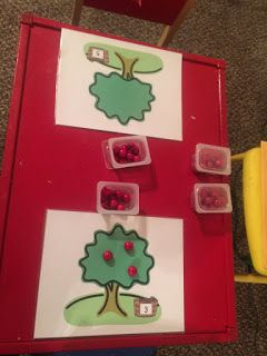 Lisa's Littlest Learners: All about Fall!! apple counting