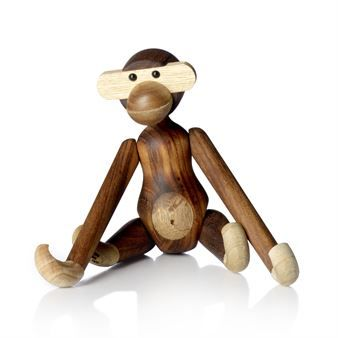 The wooden monkey was designed by Kay Bojensen in 1951 and it is a perfect home decor for design interested but also a nice gift for the little ones. The small monkey is just one of the many wooden animals from Kay Bojesen Denmark, find your favorite!