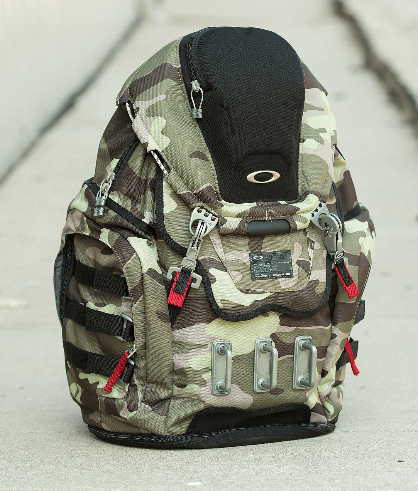 Mochila Oakley Camuflada Kitchen Sink Backpack | Oakley ...