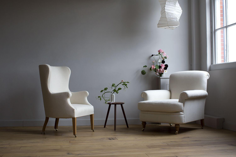 Woonkamer in eenvoud #puurwonen #woonkamer #fauteuil #mindfulwonen