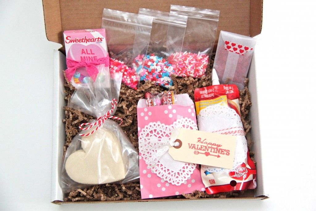 Decorate Your Own Valentine's CookieinaBox Kit