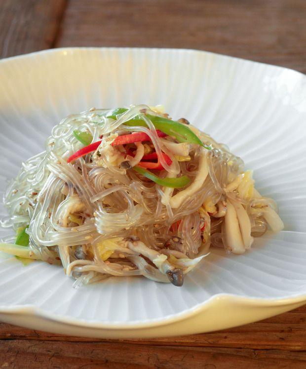coréenne: les Vermicelles sautés aux légumes (japchae) des moines ...