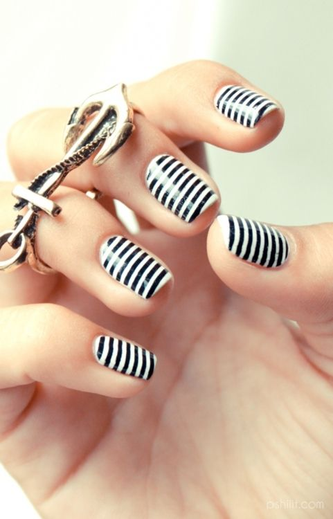 Nail Design Black White Stripes Are Having A Style Moment Right