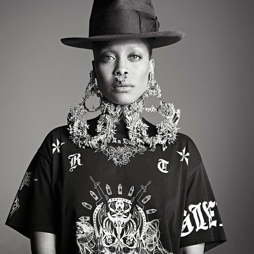 Famous Piercing Enthusiasts - Erykah Badu