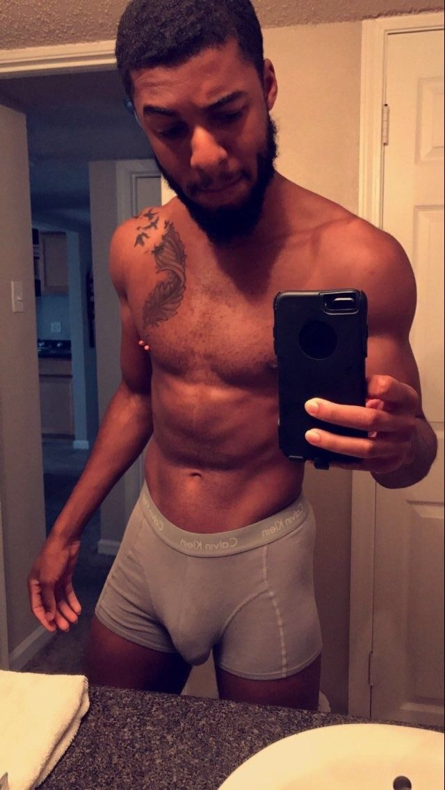 Light Skinned Boys  Selfie  Male Models Tattoo, Boys -7468
