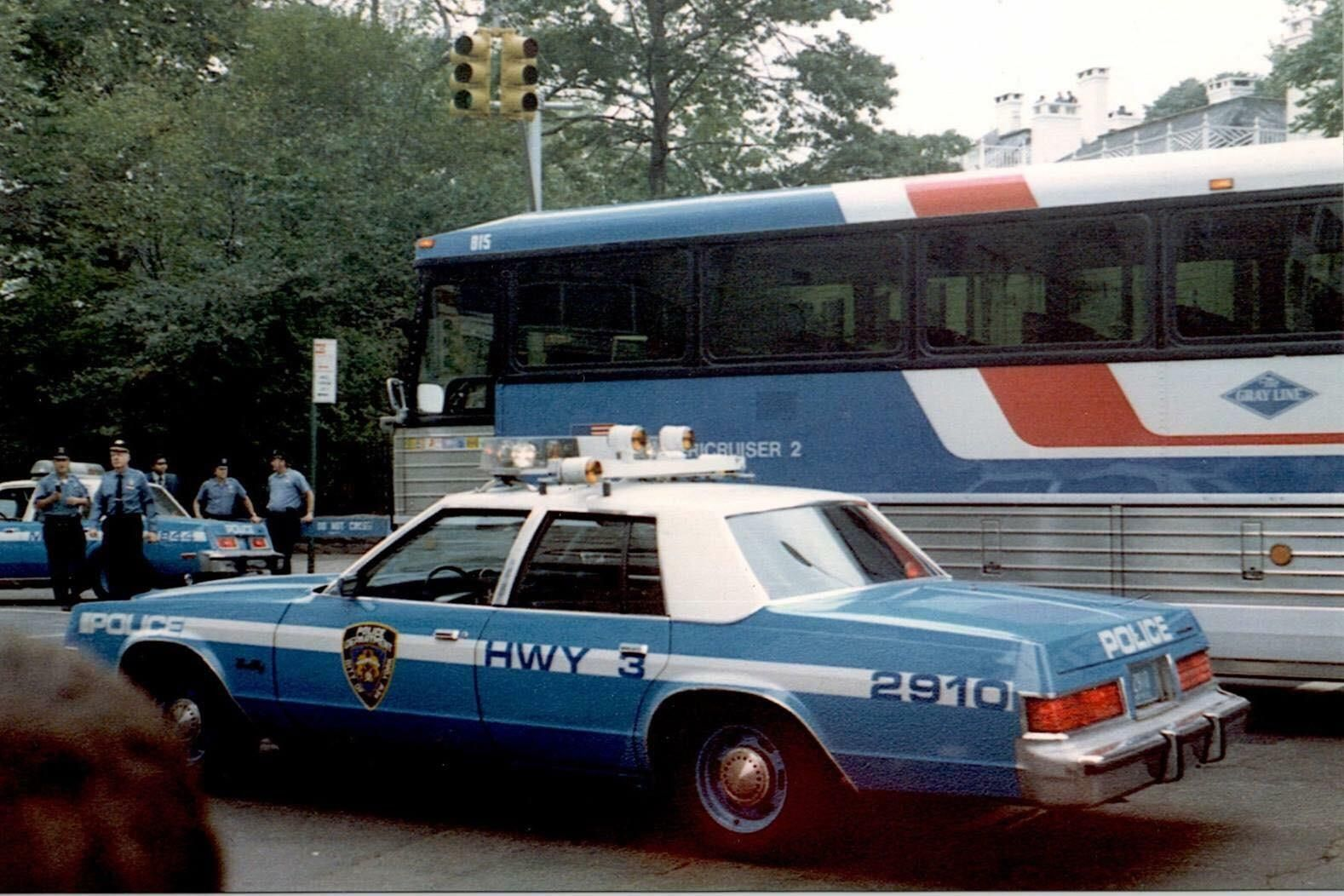 1980 Plymouth Gran Fury Nypd With Images Police Cars