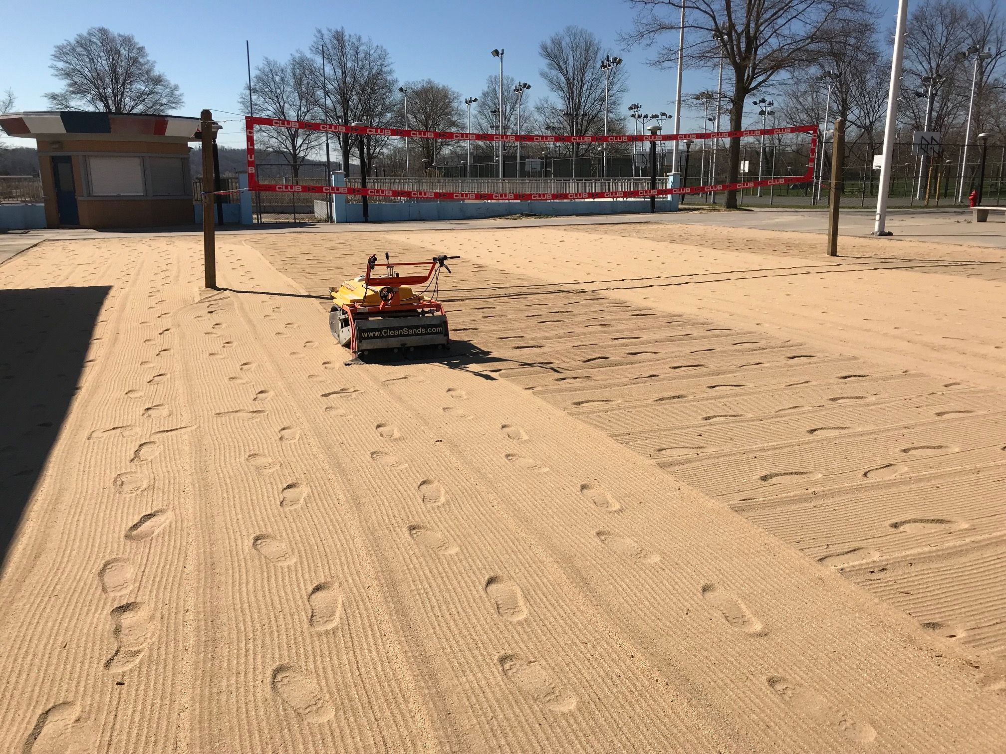 Beach Volleyball Sand Cleaner For Courts Easy Cleaning And Grooming At The Same Time With The Barracuda Well Designed For V Clean Beach Wellness Design Beach