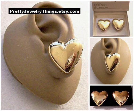 Vintage Bold Shiny Goldtone Puffy Teardrop Clip On Earrings