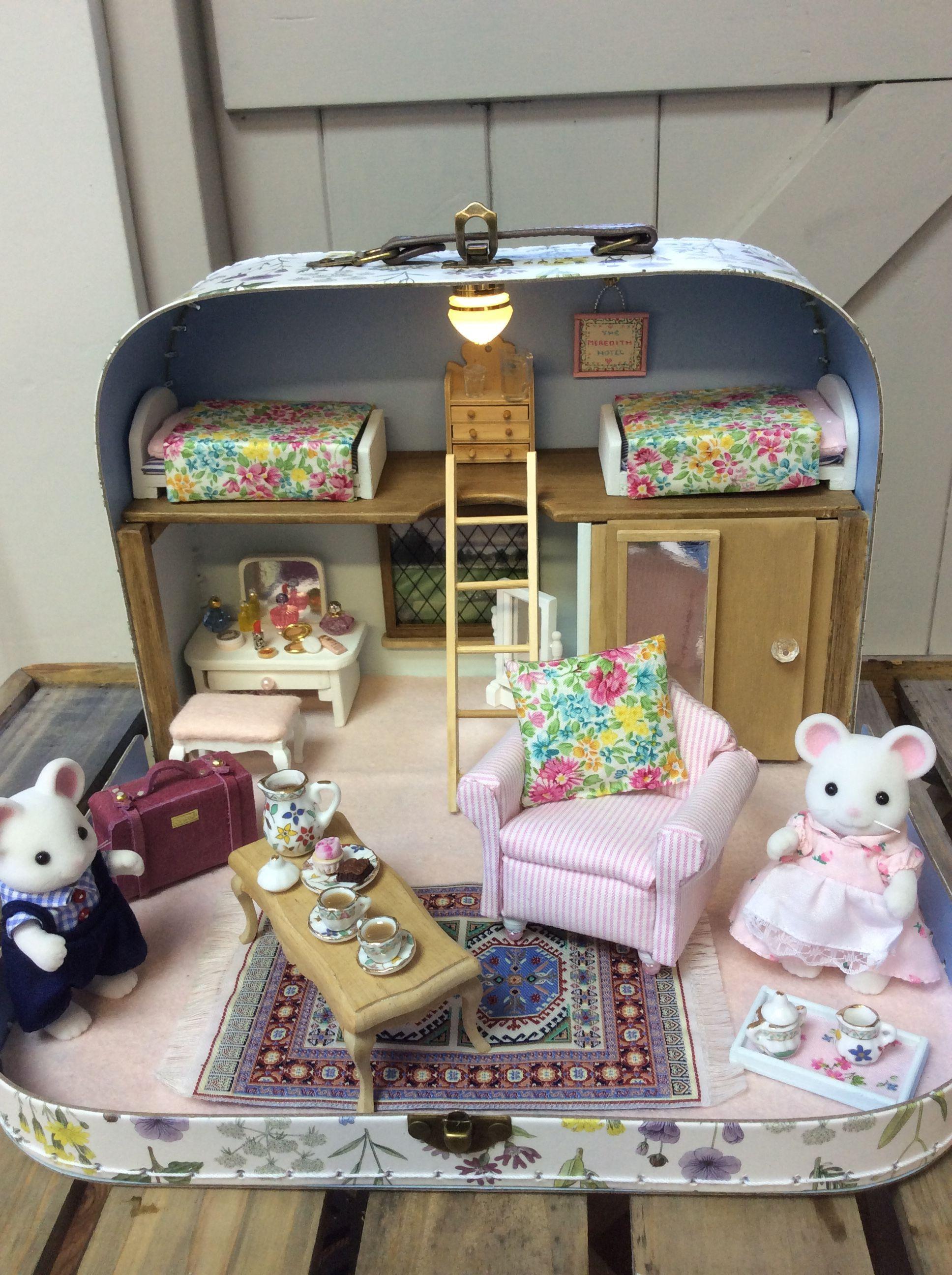 Le Plus A Jour Totalement Gratuit Jouets Diy Enfant Style Fabriquer Les Jouets Des En En 2020 Maison De Poupee Miniatures Pour Maison De Poupee Jouets Faits Maison