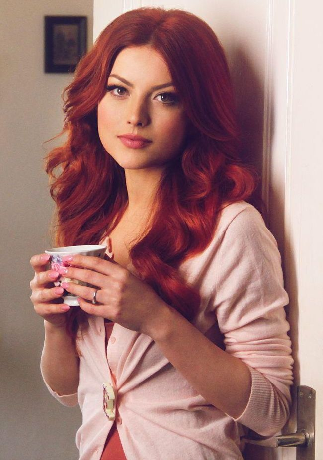 elena with red hair