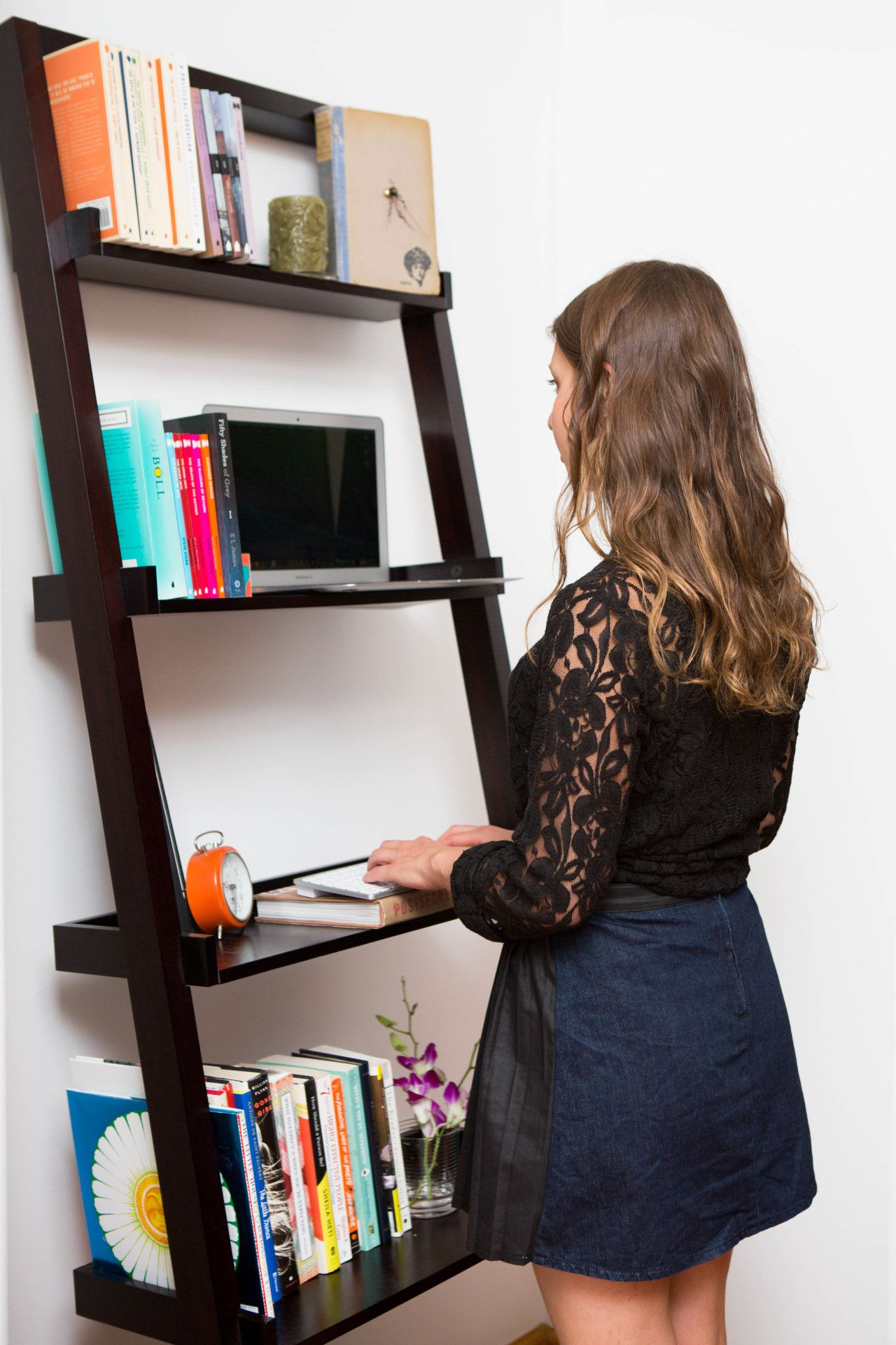 6 Ridiculously Simple Desk Hacks | Diy standing desk, Custom desk ...