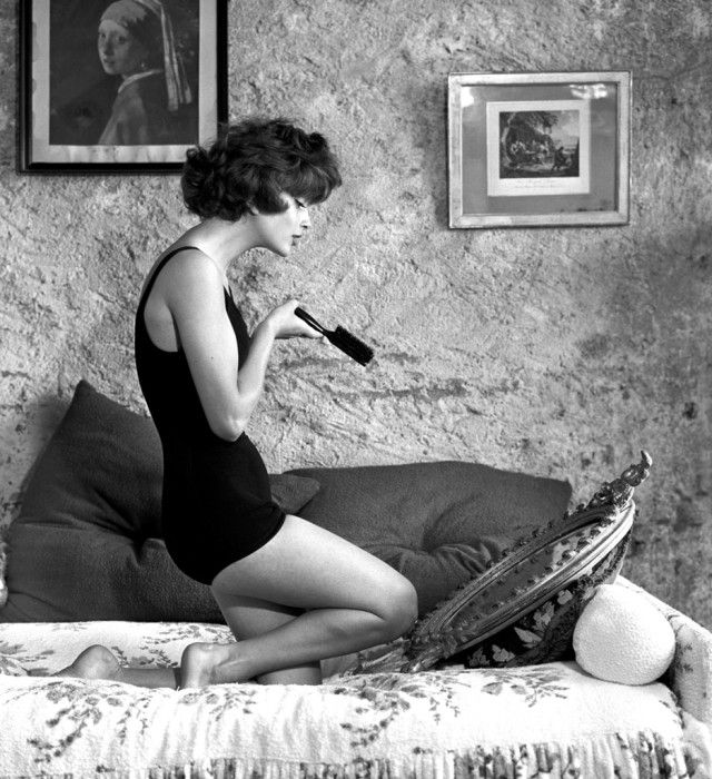 Video chat about this black and white fashion photography by georges dambier at https