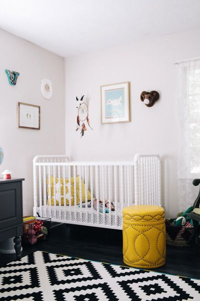 Graphic Black White Nursery Love This So Soooo Much Mix A Clic Crib With Modern Rug Great