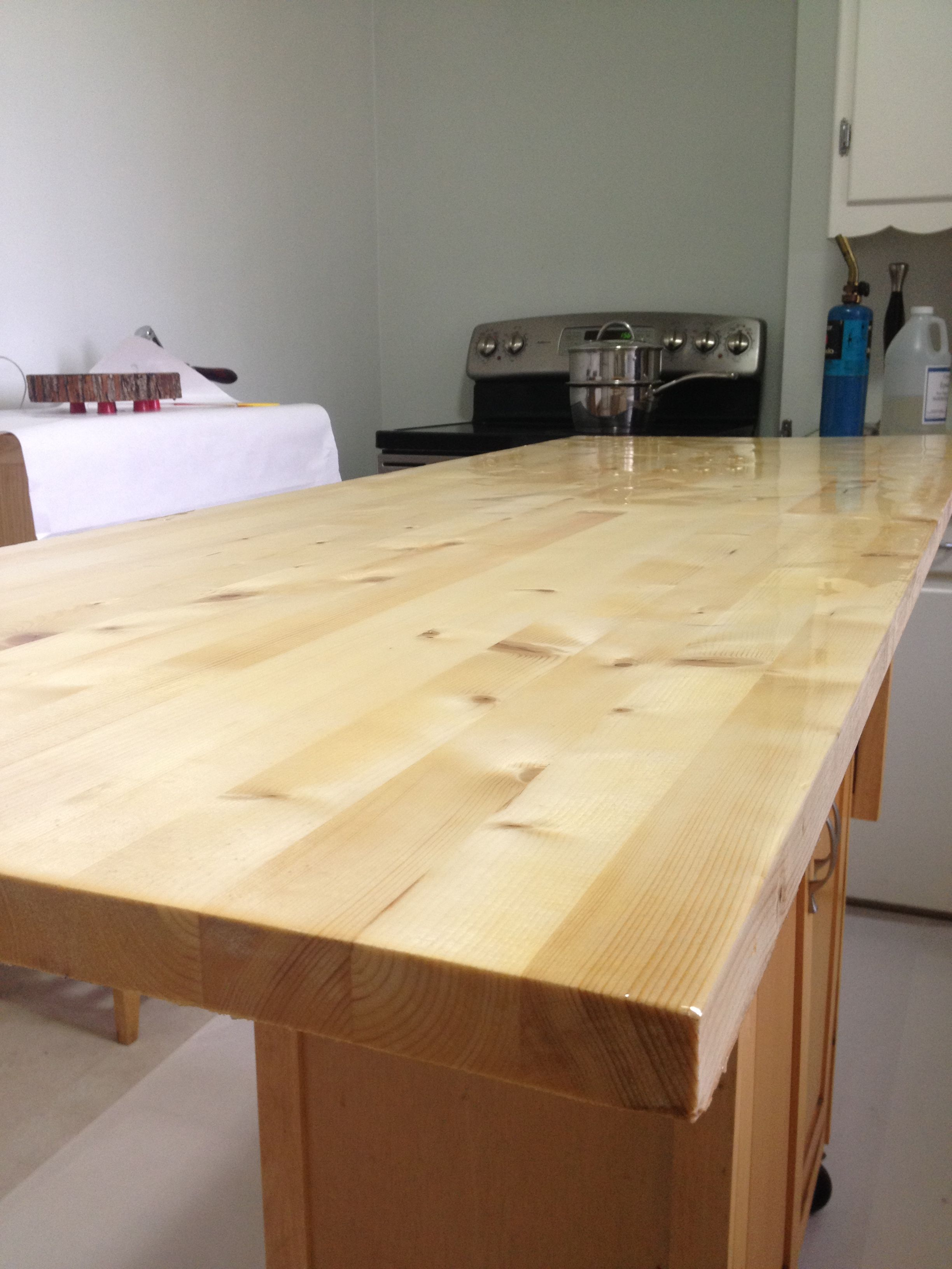 Peachy Epoxy Resin Finish On A Butcher Block Table Top Wood Beutiful Home Inspiration Cosmmahrainfo