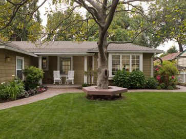 Traditional Exterior ranch style Design Ideas, Pictures, Remodel and Decor