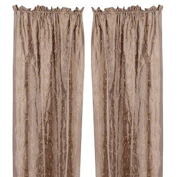these represent the curtains that seperated the room that Blache Stella and Stanley all share. These seperators are the only privacy that the characters have.
