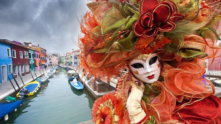 Burgundy Carnival theme wedding shoot - Carnival in Venice, a themed wedding inspiration