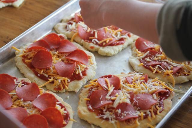 this is the best idea i ve seen for making frozen pizzas homemade