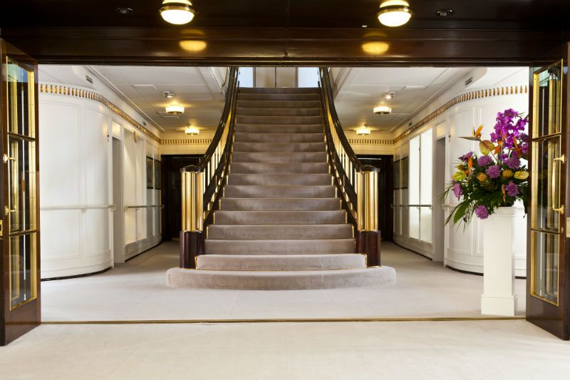 Best The Stunning Grand Staircase Aboard The Royal Yacht 640 x 480