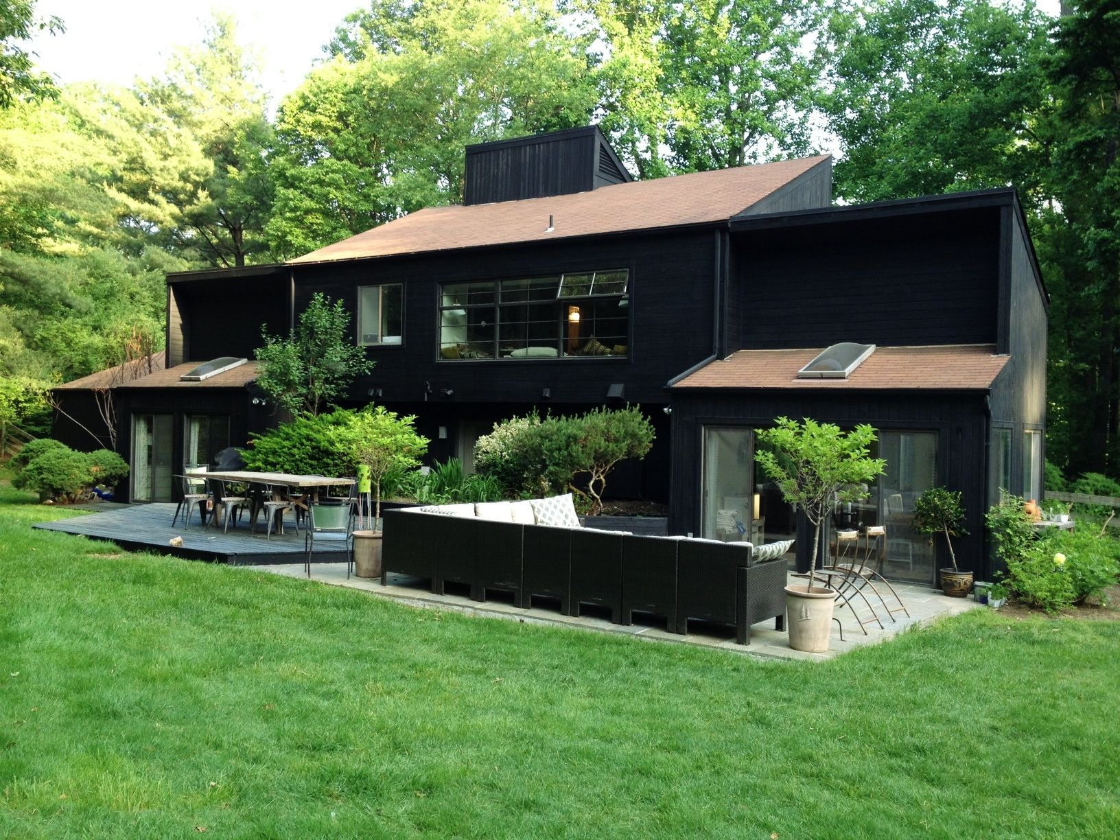 Best I Really Love A Black Stain Exterior This One Is 400 x 300