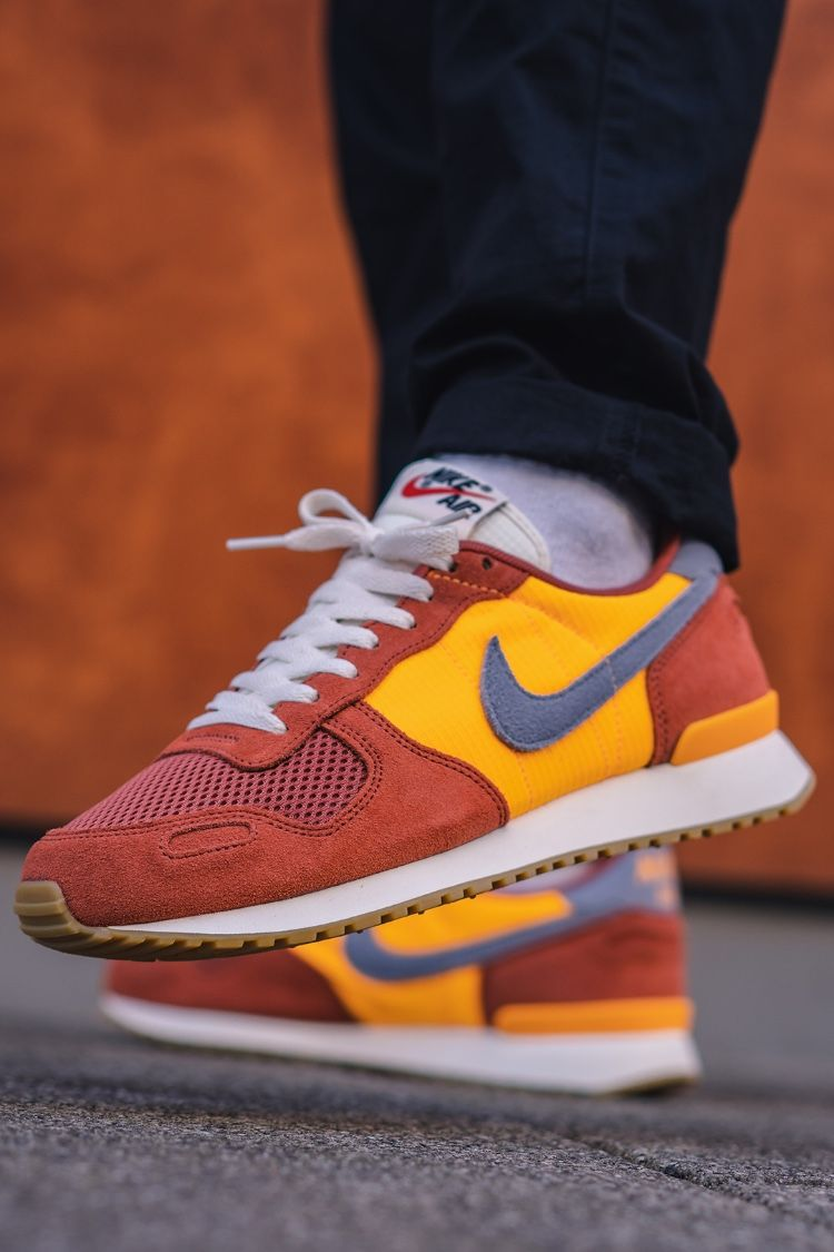 sale retailer 4047f ea6f0 The Air Vortex is unofficially the predecessor model of Nike s  Internationalist shoe and already convinced in the 80s as a running shoe.