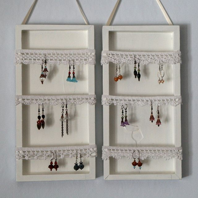 Earring display with crochet ribbons. Photo tutorial. One can really crochet just anything!