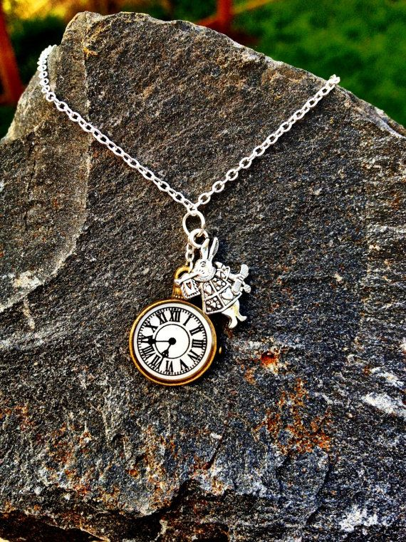 Dainty Alice Silver Tone Necklace Jewellery NEW I/'m late Alice In Wonderland