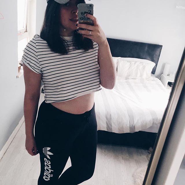 #topshop #topshopstyle #cap #joggers #top #adidas #adidasoriginals #adidasoriginal #adidaswomen #adidascasual #ootd #ootdcurvy #outfitoftheday #outfit #outfitpost #outfitinspo #monochrome