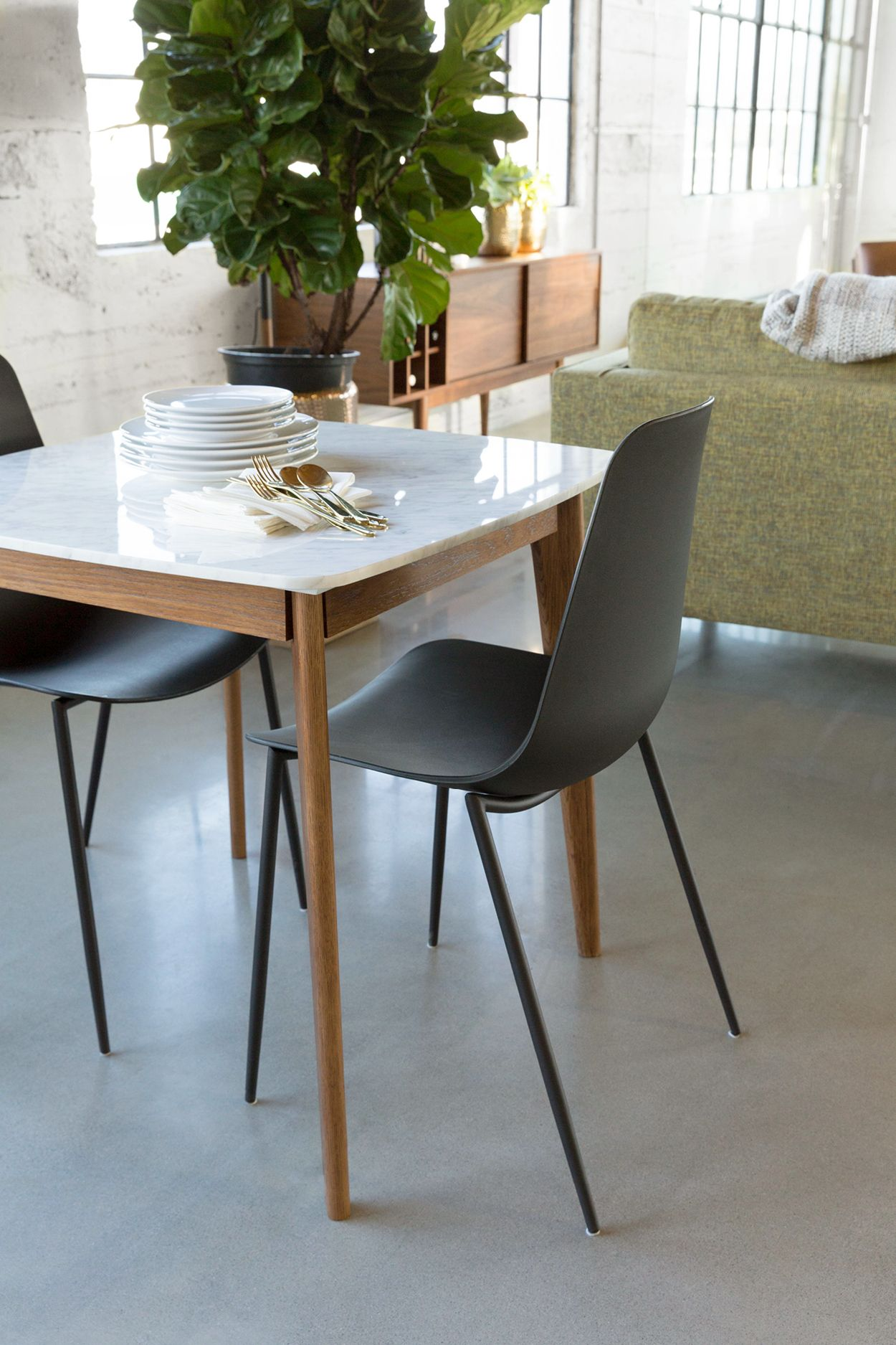 Impress your dinner date with the sleek simple and stylish design of the marble
