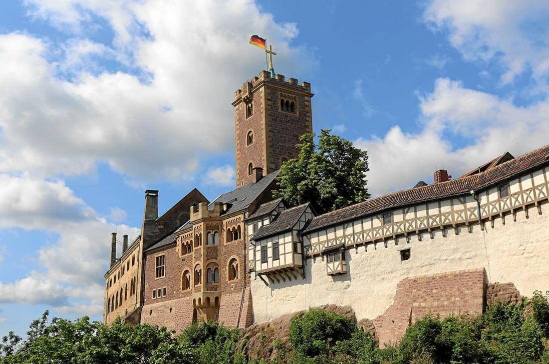 Die Wartburg Bei Eisenach Foto Wartburg Stiftung Germany Castles Europe Vacation Castle