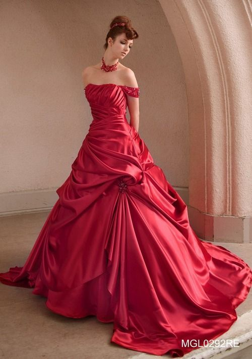 Elegant, full length red ball gown. The arm straps make it even ...