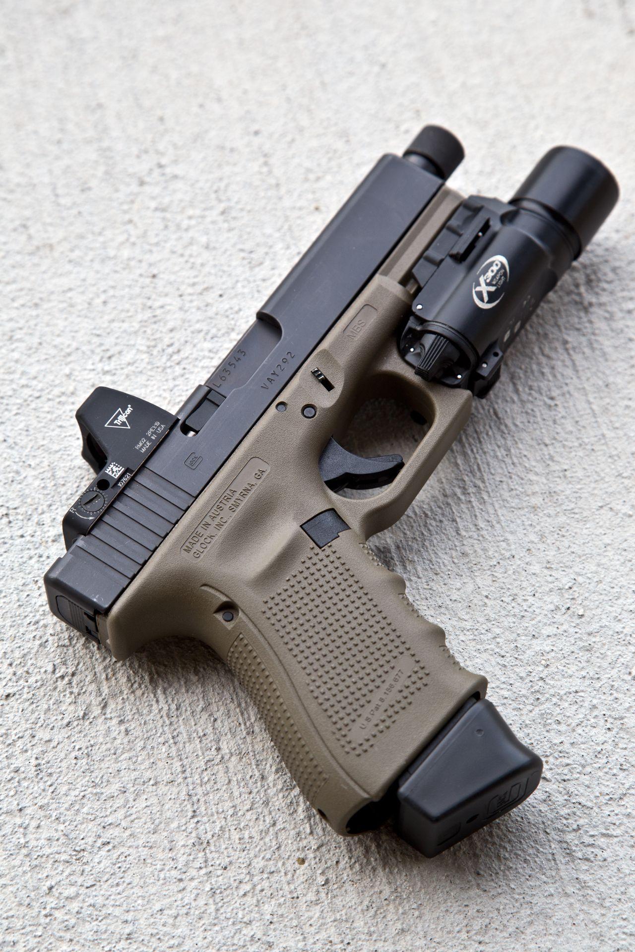 tacticallurk: FDE Glock 19 Gen 4 + Trijicon RMR + Surefire